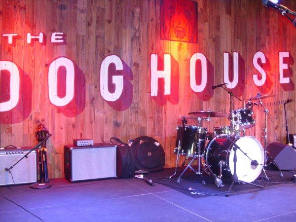 DoghouseKit.JPG