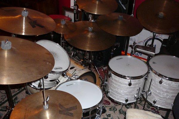 Drum Set 002.JPG