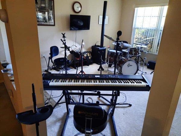 drumroom14jan21-2.jpg