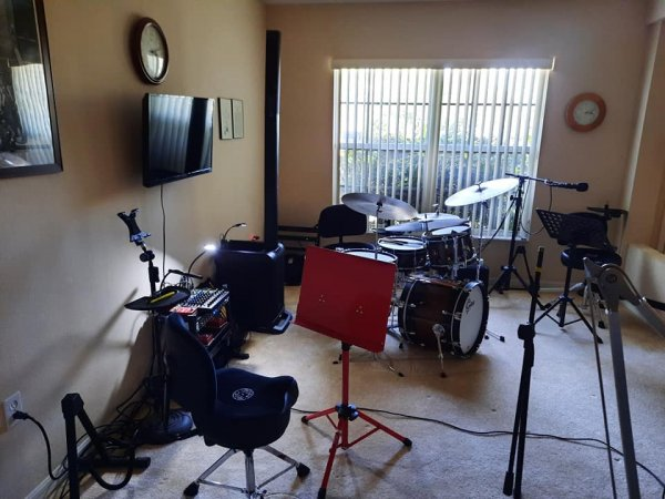 drumroom14jan21-3.jpg
