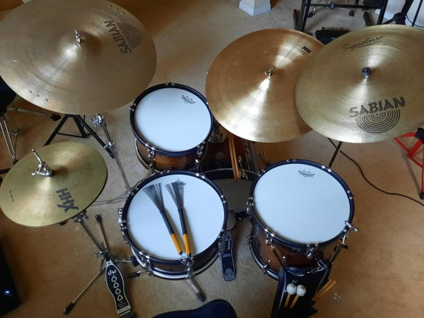 drumroom14jan21-5.jpg