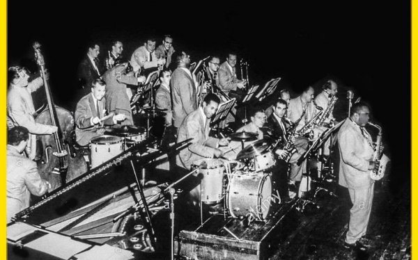 jazz_at_massey_hall_1.jpg