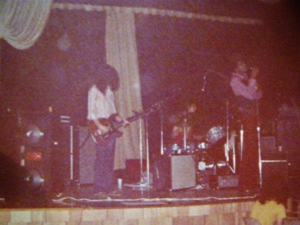MAHAWKS '71.jpg