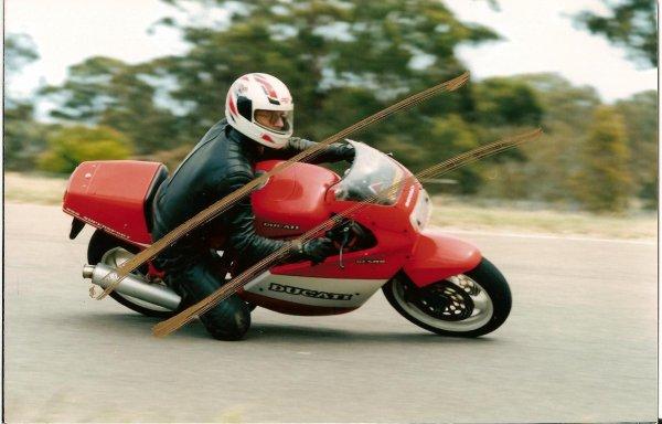 My favourite bike -- Ducati 900SS.JPG