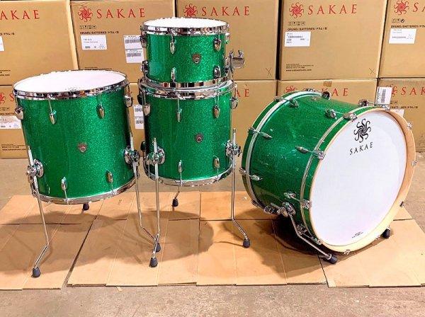 Sakae Trilogy 4pc Drum Set - Green Sparkle 1.jpg
