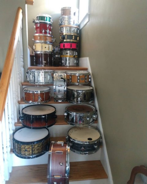 Snares on stairs.jpg