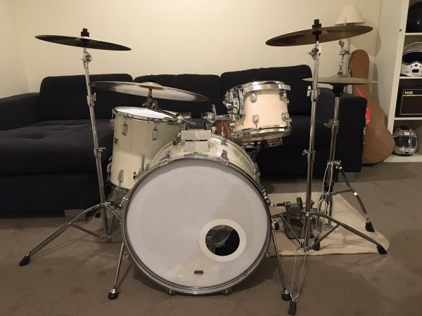 Tama with new 10 #1.jpg