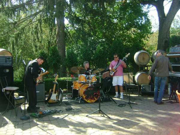 Tempus kit with Russ Gurney Band at Torne Valley Winery.jpg
