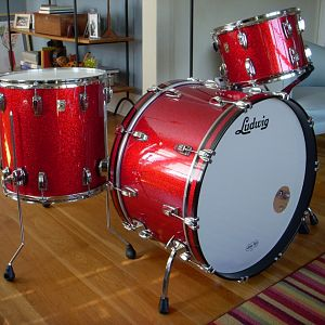 hefty's Ludwig Classic Maples
