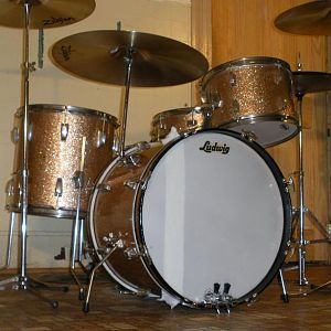 1962 Ludwig downbeat in champagne sparkle