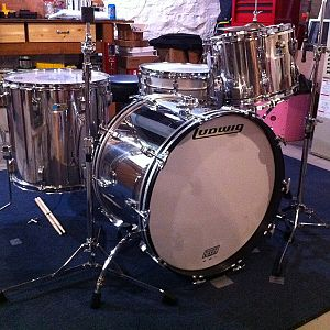 1976 Ludwig Stainless Steel