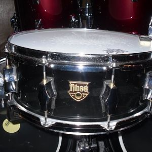 Austin Fibes Crystalite 5.5 x 14 snare drum in smoked clear acrylic