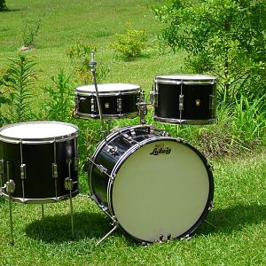 ludwig '66 cludate combo 20/12/ jazz festival with added 12x15 floor tom
