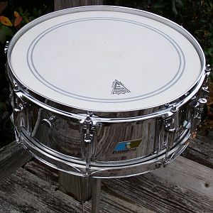 Ludwig Standard Ludalloy BO Badge snare drum