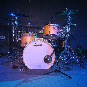 2003 Ludwig Classic Maple in Natural Finish